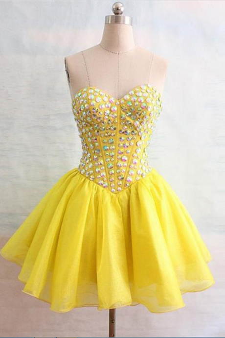 Sleeveless Yellow Homecoming Dresses Gown Beaded Above Knee Sweetheart Neckline Laced Up Gown