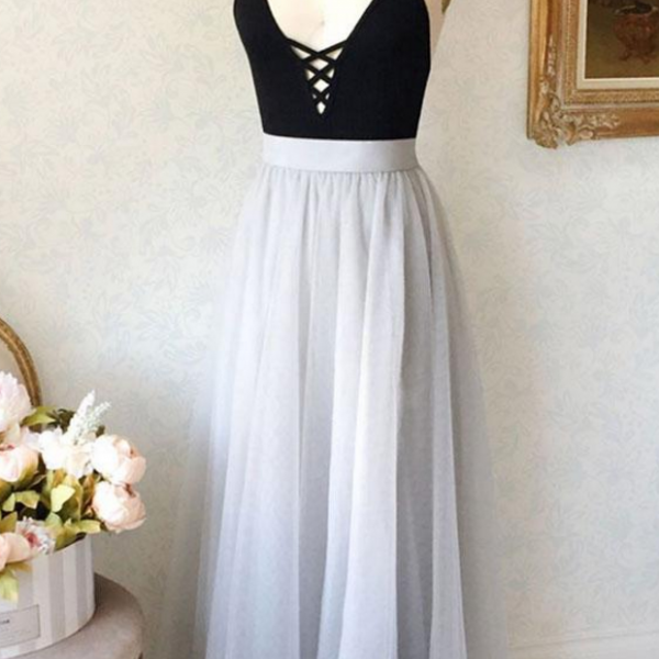 Simple A-Line Spaghetti Straps V-Neck Tulle Gray Long Prom/Evening Dress