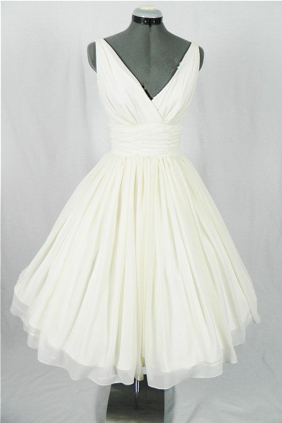New arrival v neck simple short wedding dresses the for Cute short white wedding dresses